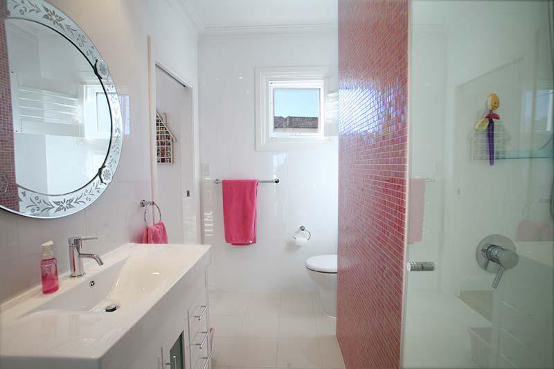 Art deco house Dover Heights - bathroom 2