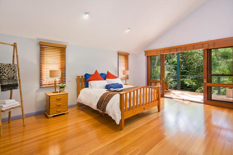 Large home with subtle street presence Killara - bedroom with views