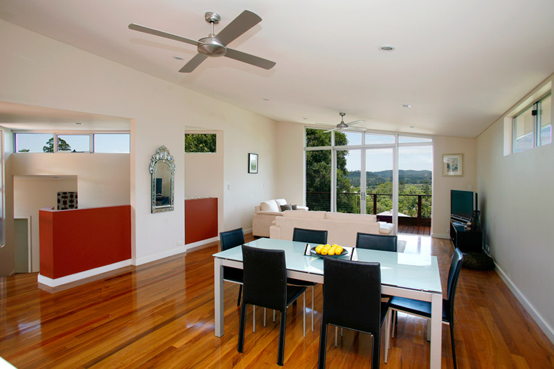 Kyogle steel house - dining to balcony
