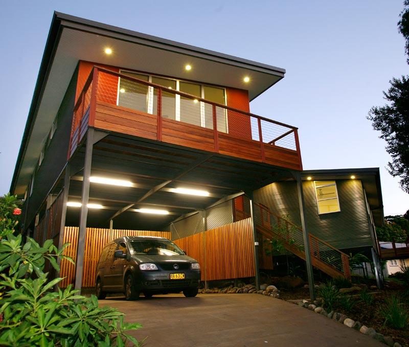 Kyogle steel house - balcony at dusk