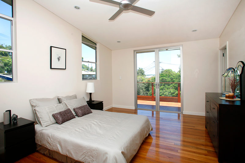 Kyogle steel house - master bedroom