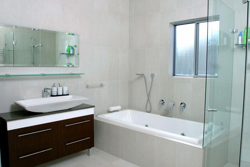 North Shore bush retreat - bathroom