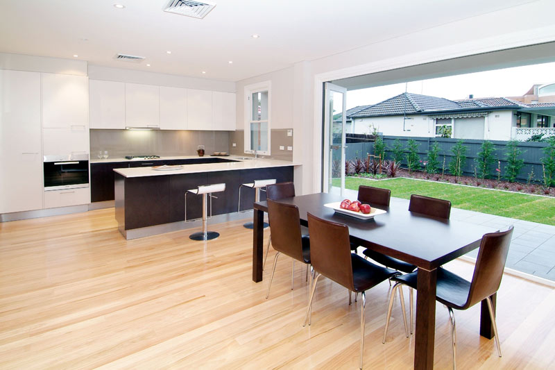 Park side house Maroubra - dining