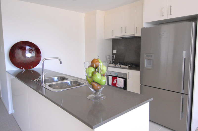 Rina apartment buildings Mascot - kitchen