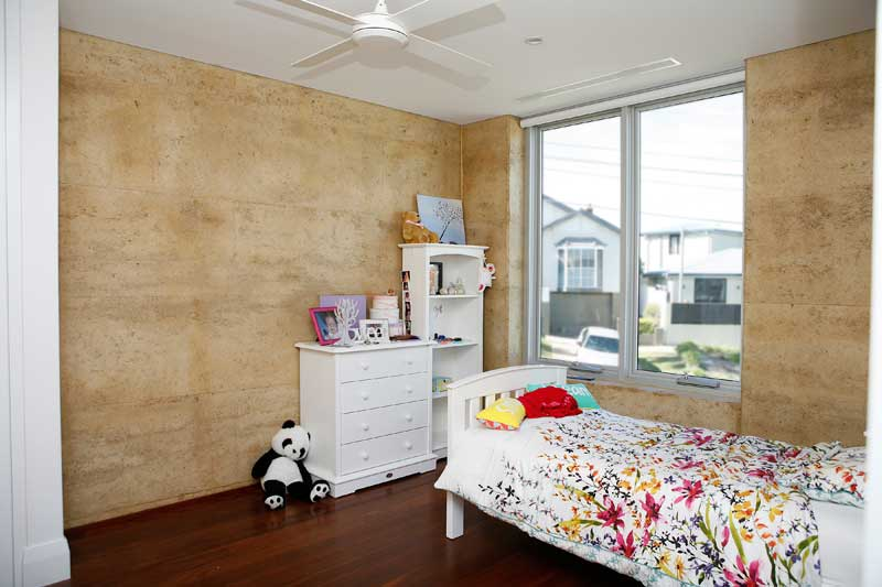 Rammed Earth Coogee House - child bedroom - Coogee architects