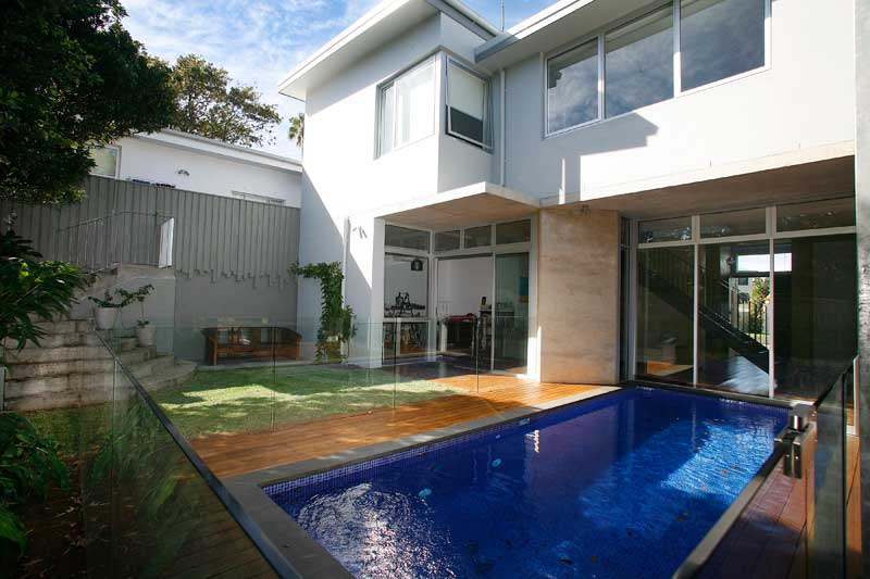 Rammed Earth Coogee House - swimming pool - Coogee architects