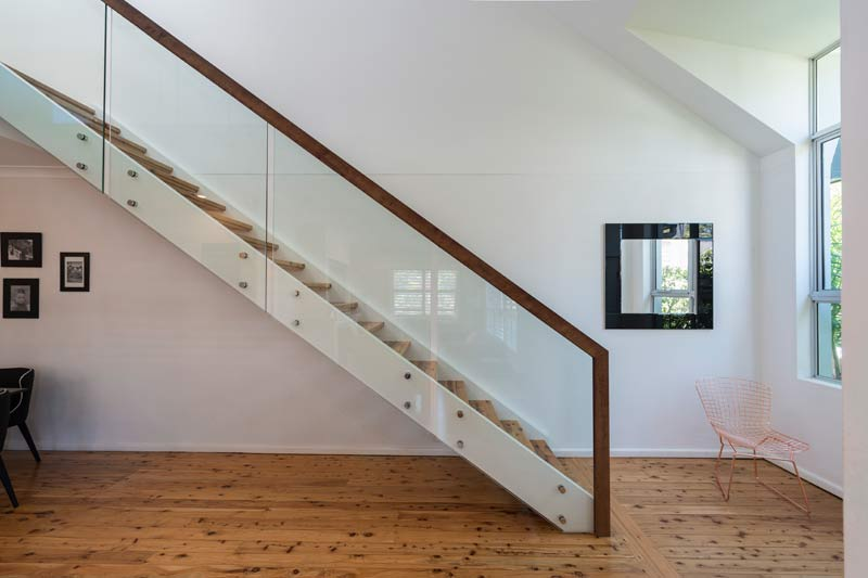 Coogee corner house - stair and chair