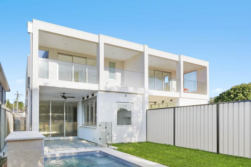 Duplex homes with swimming pool designed for the entertainer – Chifley - swimming pool