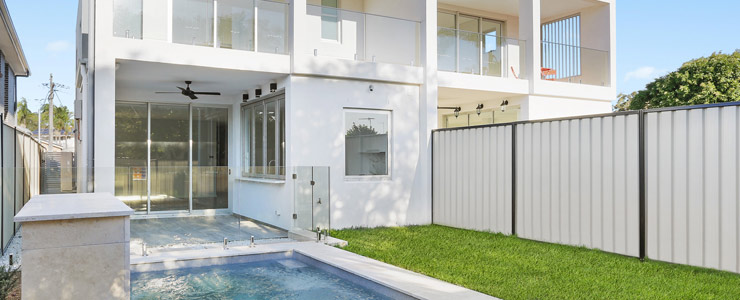 Chifley duplex home with swimming pool designed for the entertainer completed - Sydney duplex architects