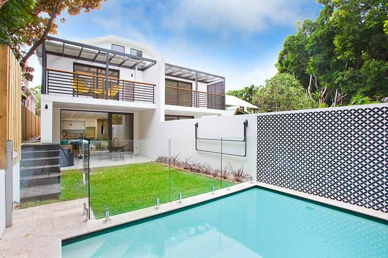 Bondi subtle duplex - pool side