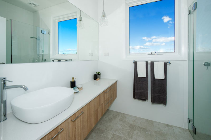 Spacious duplex beach houses - bathroom