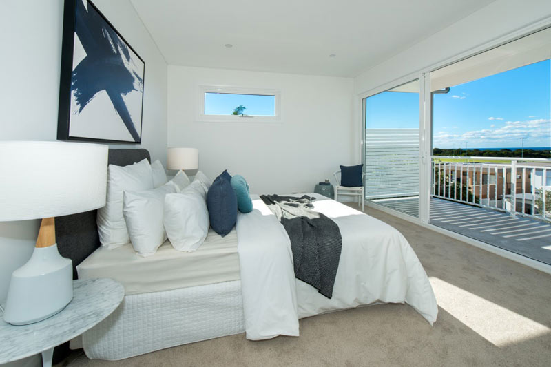 Spacious duplex beach houses - bedroom