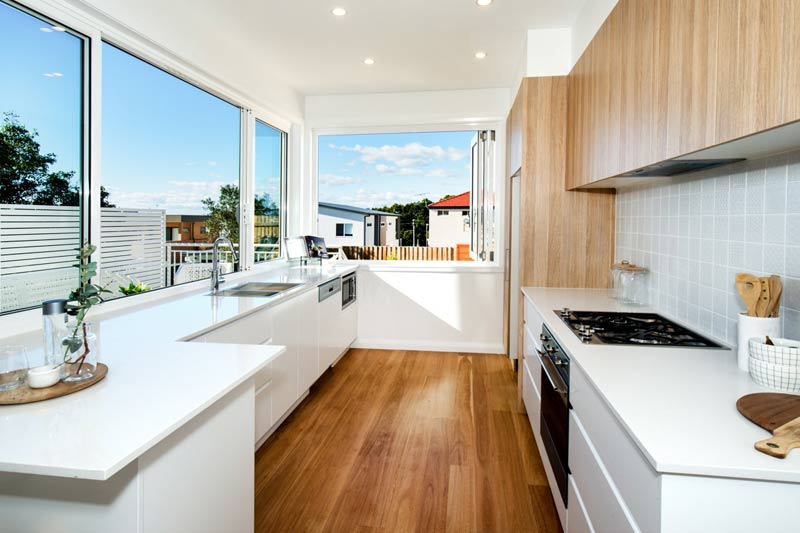 Spacious duplex beach houses - kitchen