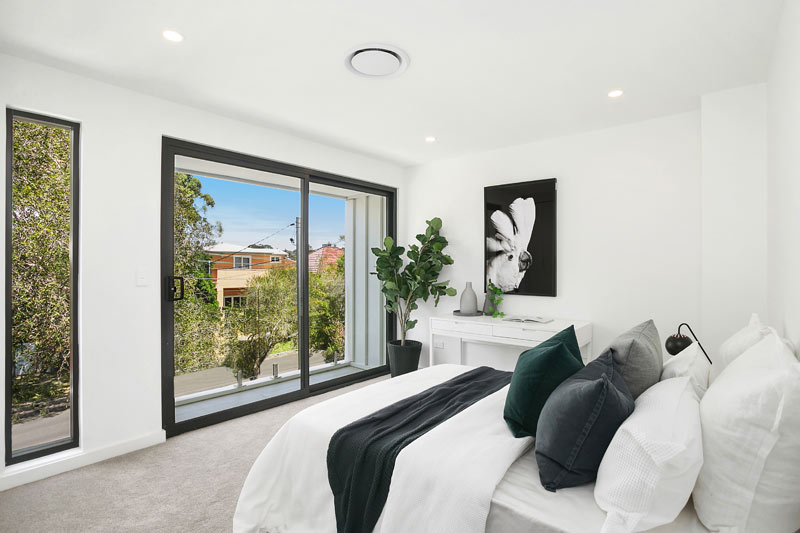 Bronte Beach duplex with spacious attics - bedroom