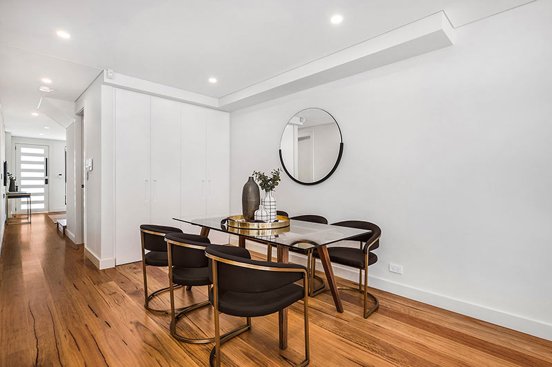Rose Bay corner duplex - dining to hall