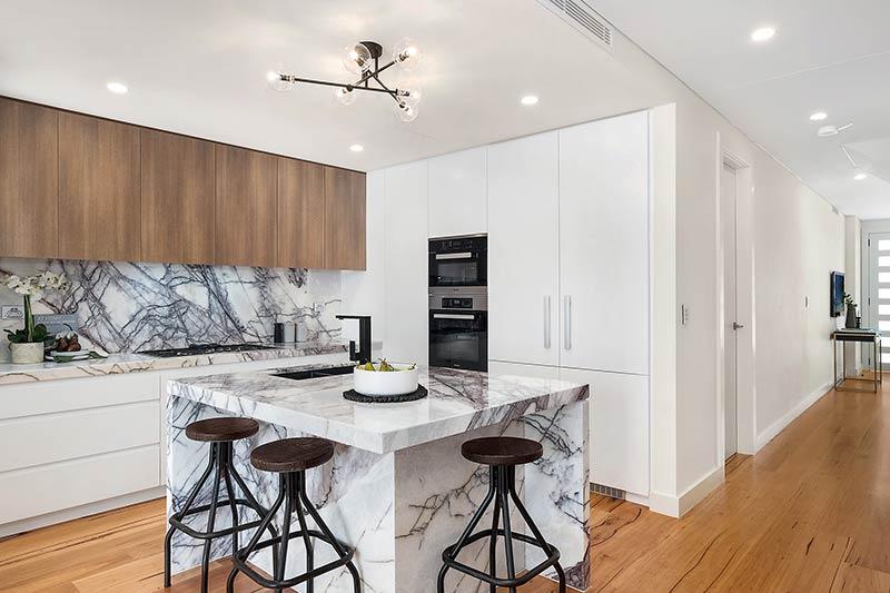Rose Bay corner duplex - kitchen