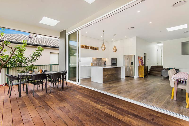Chifley connections with garden and light - outdoor entertaining