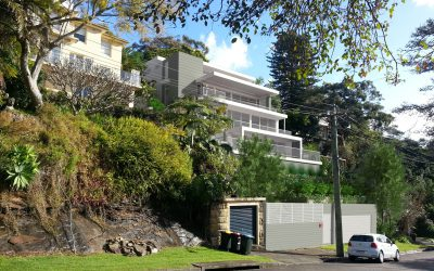Dual experiences offered by Mosman cliff residence