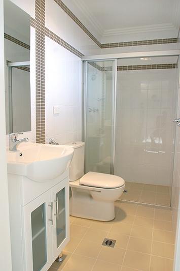 Fairfield family townhouses - bathroom