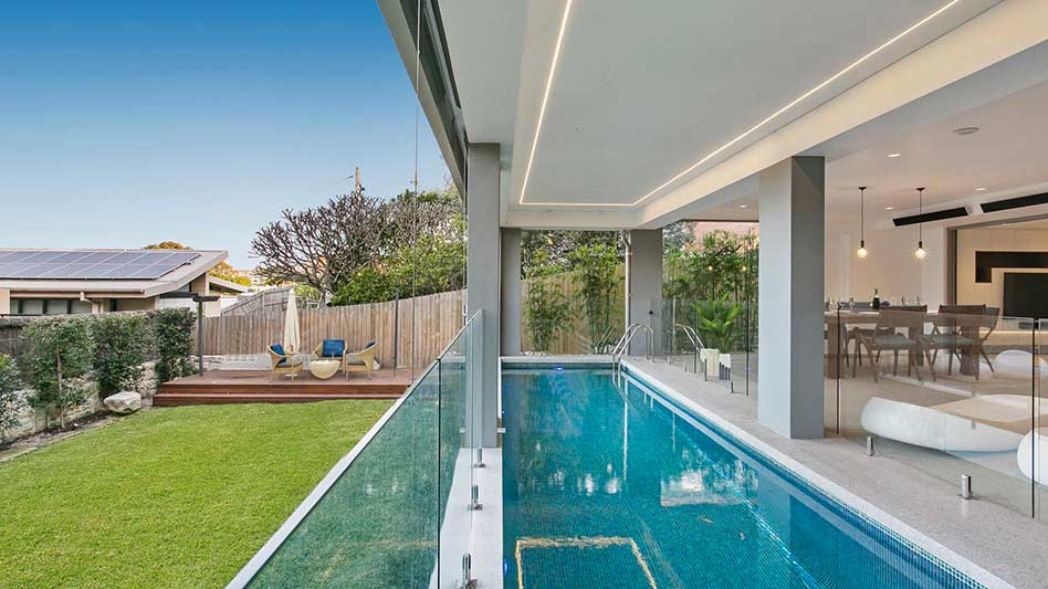 Grand waterview apartments Mosman - terrace lap pool to garden