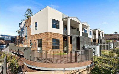Leafy creekside large family townhouses Gymea – completed