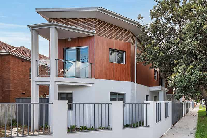 New generation boarding house Maroubra - front corner